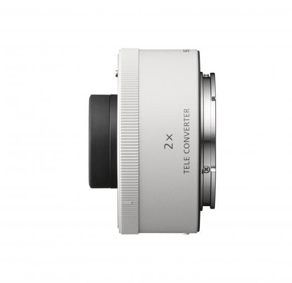 SONY 2X Teleconverter Black            Full Frame E mount