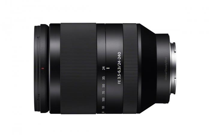 SONY 24-240mm f3.5-6.3 OSS Lens E mount Full Frame