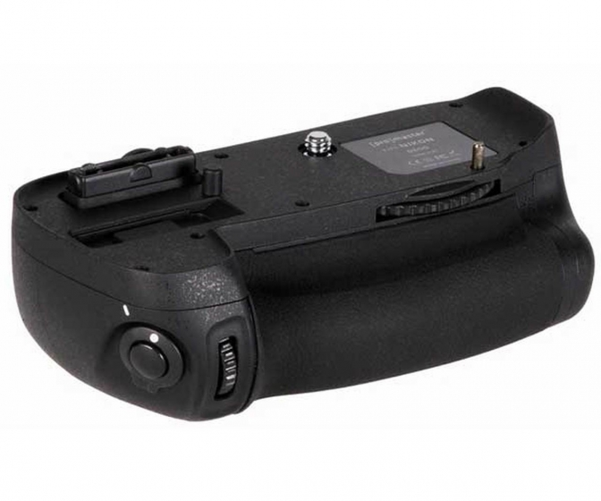 ProMaster Vertical Power Grip Nikon D600 D610